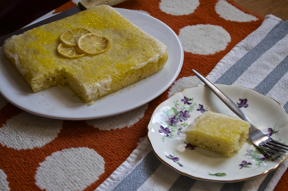 Limoncello Cake   Pale Yellow