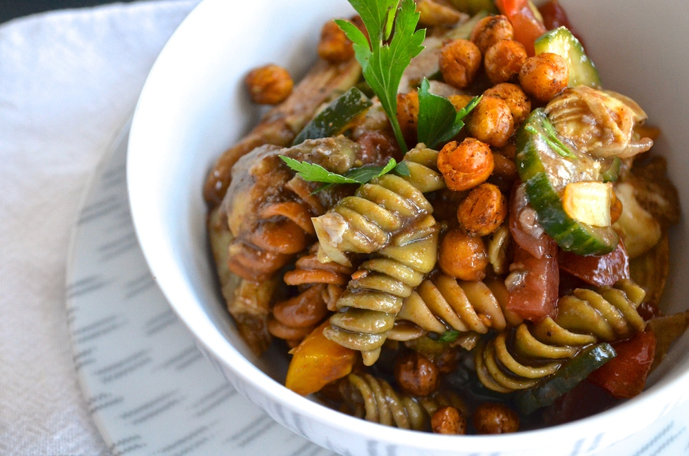 Balsamic Pasta Salad | Pale Yellow