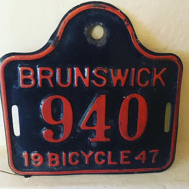 My friend gave me this for my vintage English bicycle. Thanks @cleveris #brunswickmaine #bowdoincollege