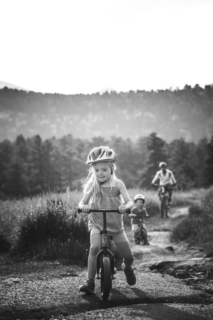 201506 - Riding with the kids in Evergreen.JPG