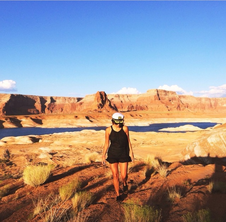 Lake Powell :   Lolli  Swim