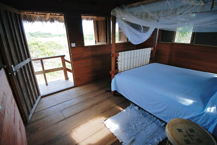 treehouse bedroom.jpg