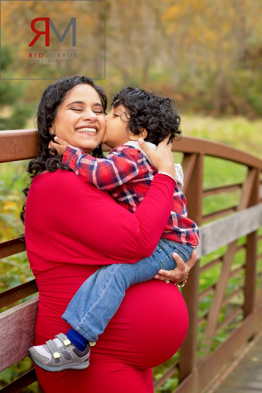 Kirkland maternity photographer