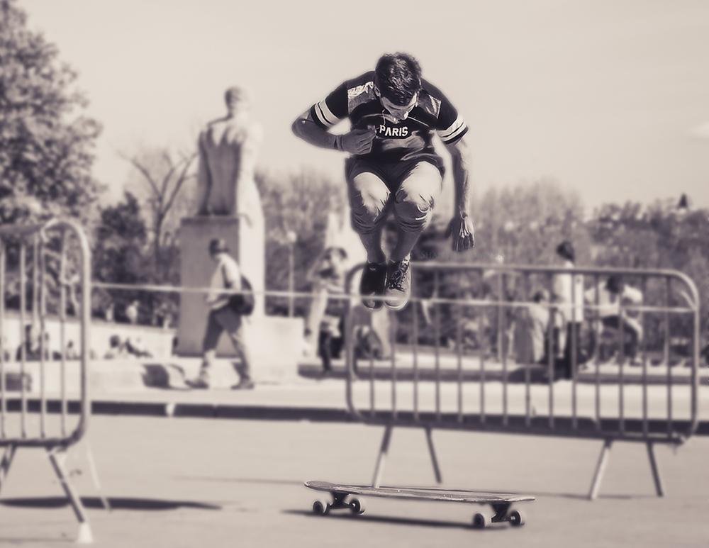 Roller Bladder at Trocadero-3004.jpg