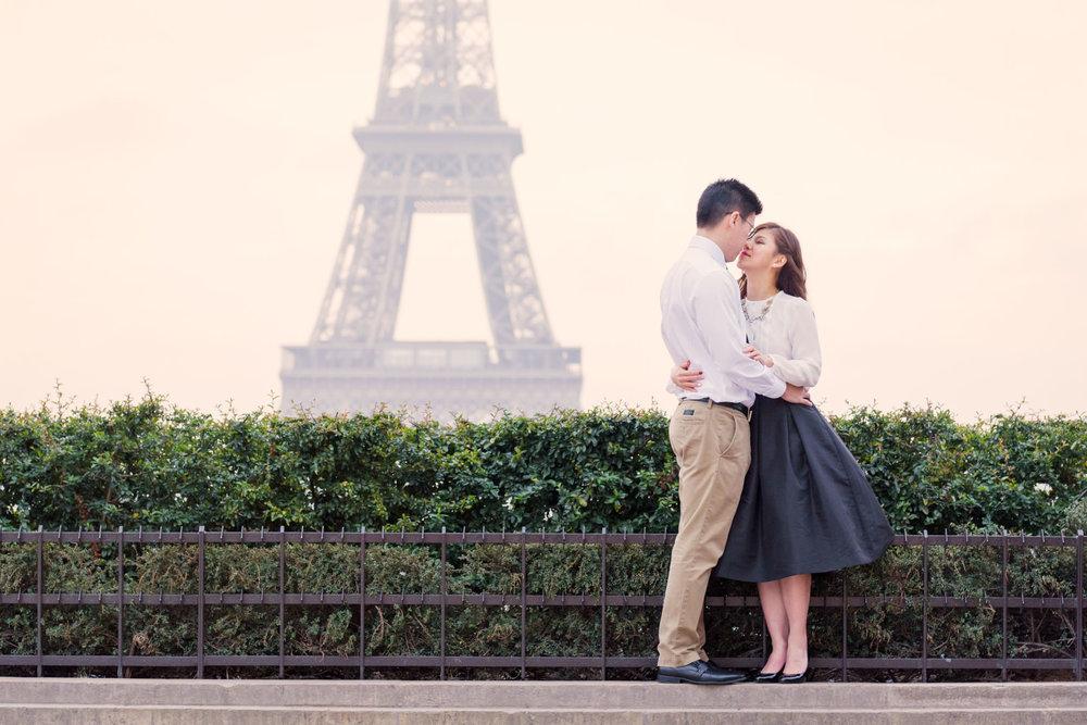 Honeymoon Photoshoot in Paris.jpg