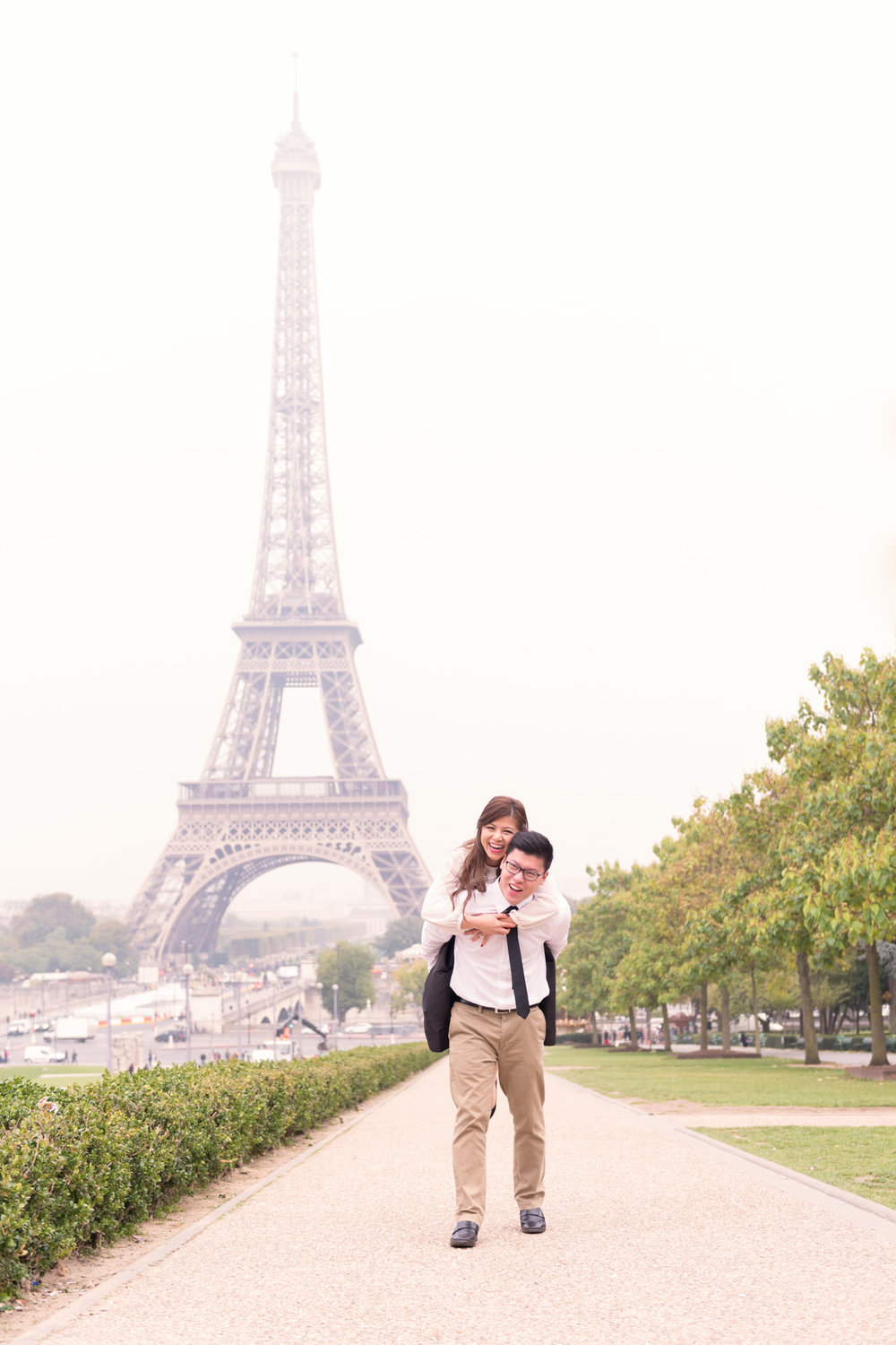 Honeymoon Photoshoot in Paris.jpg