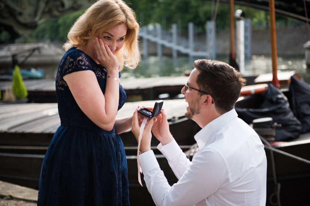 a paris spring proposal - Jonathan & Agnes