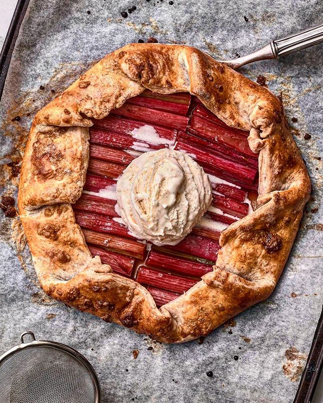 Rhubarb & Raspberry Jam Galette. These little darlings are SUPER easy. Plus, tis' the season for fresh local fruit so explore and have fun with this guy, it's impossible to fail. Recipe at ChefMikeWard.com and bio link. Photography again by yours truly.  #galette #summerdesserts #SUPEReasy