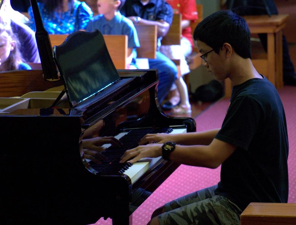 x grand piano (2).jpg