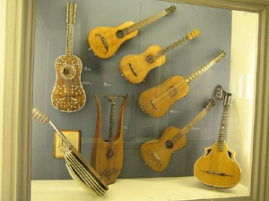 baroque guitars.jpg