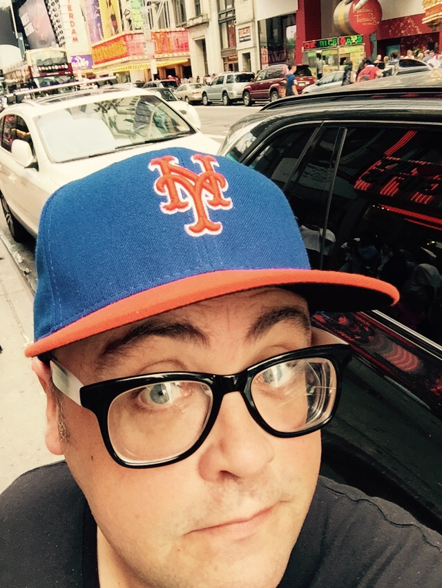 Doesn't make me look too much like a tourist right? Sorry but after losing Jeter, A-Roid, high salaries and building a gaudy high priced stadium I've been cheating on you with Mr Met this year.