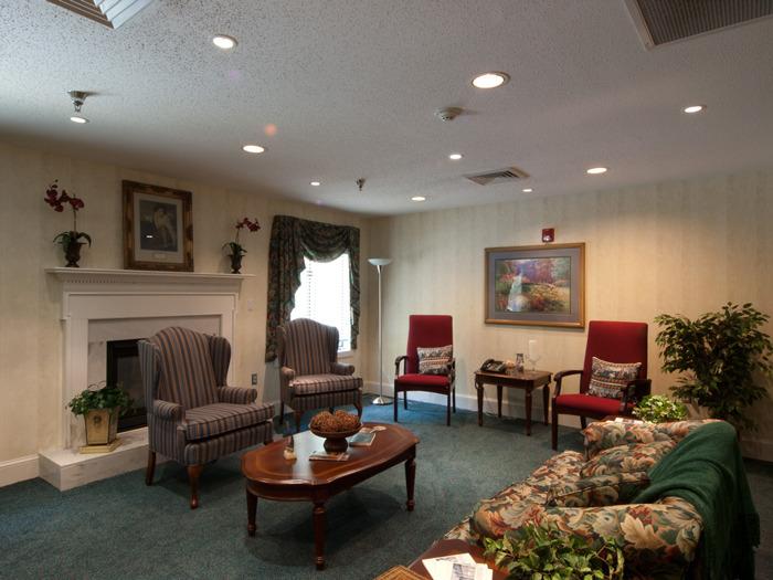 fireplace lr 2.jpg