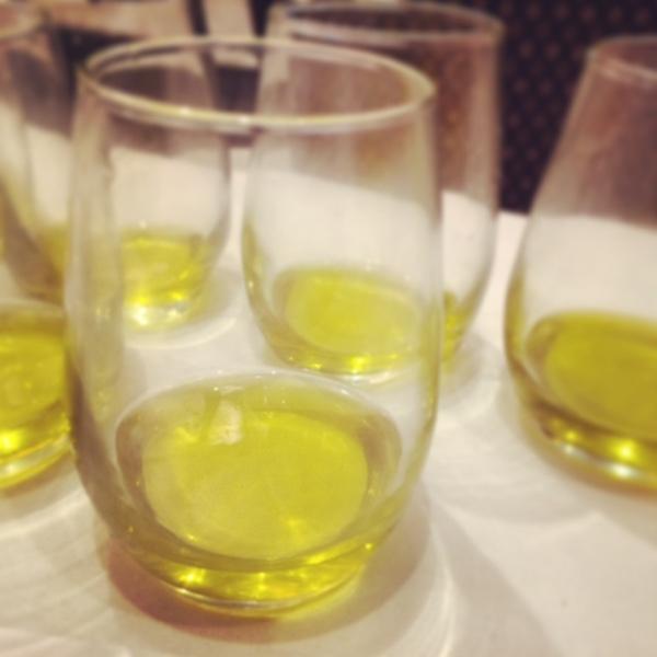 Tasting olive oils.