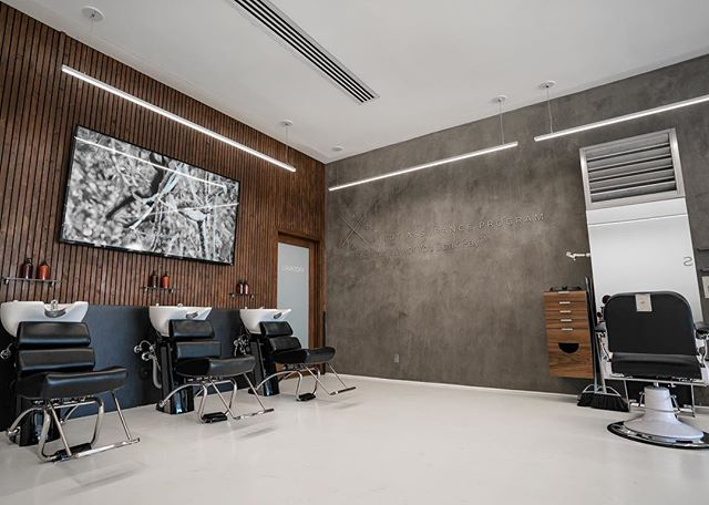 If the room doesn't look good, it's hard to feel good. Here at @danckuts, we always keep the #FengShui on point💈#hairKUTengineering . . . . #LakeForest #Irvine #OrangeCounty #OrangeCountyArea #TheOc #OrangeCountyCalifornia #Orange #LagunaHills #LagunaNiguel #AlisoViejo #LagunaBeach #MissionViejo #LakeForest #CostaMesa #Barber #BarbershopConnect #BarberLove #fengshuilifestyle #Barbering #fengshuimaster #feelgoodroom #InternationalBarbers #BarberSince93 #wednesdaywisdom #fengshuitips