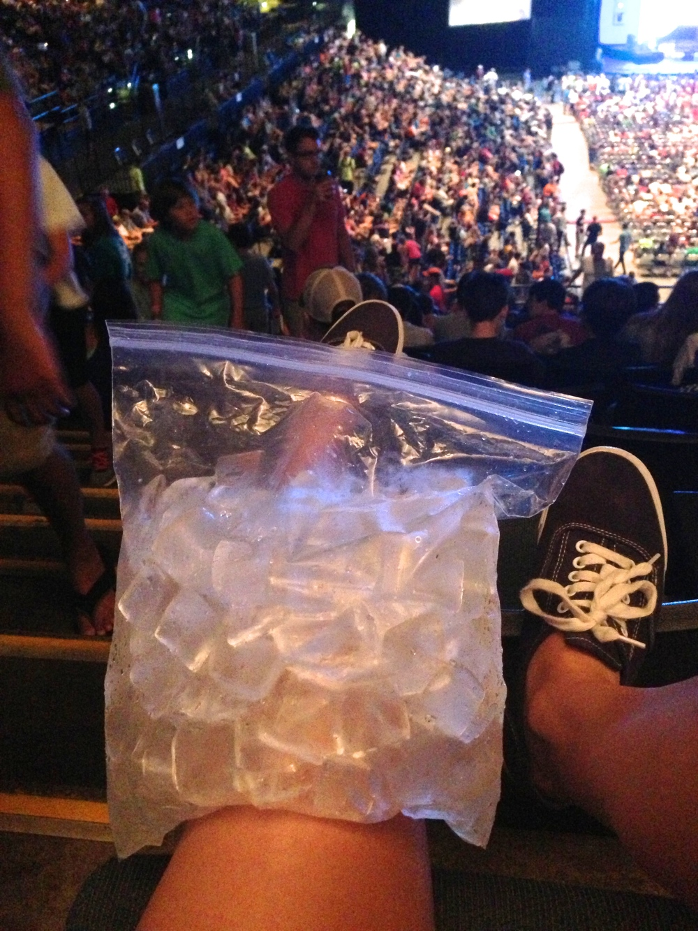 Icing the knee during summer camp