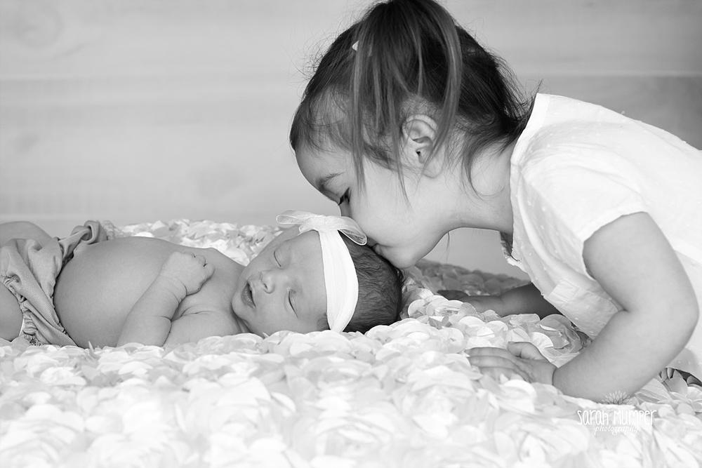Myla's Newborn_0194.jpg