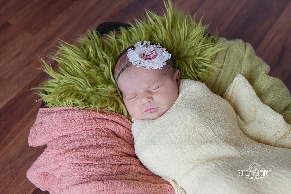 Juilana's  Newborn_0243.jpg
