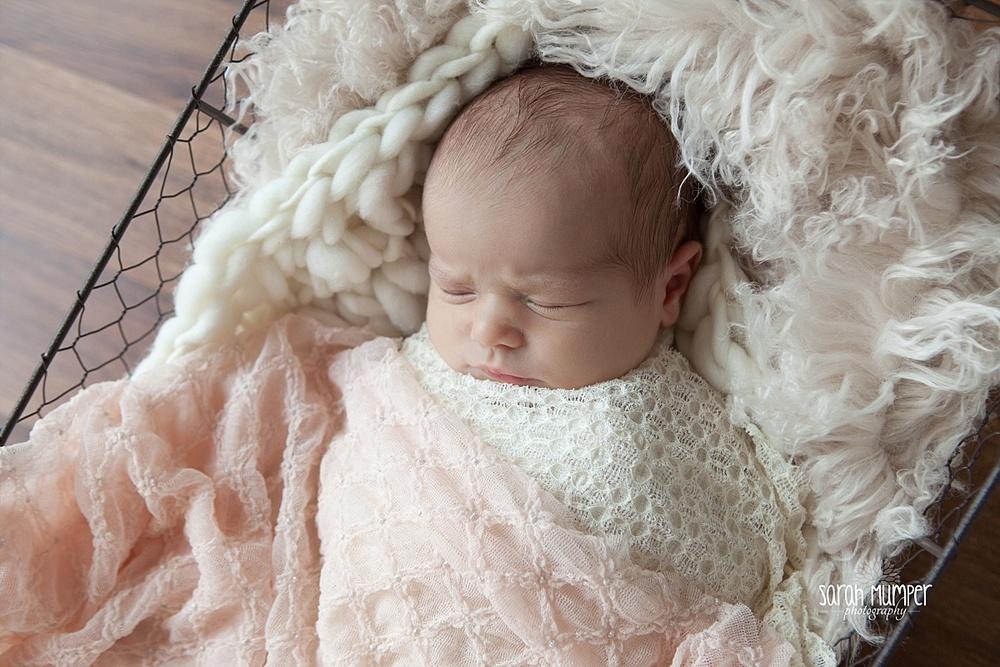 Juilana's  Newborn_0245.jpg