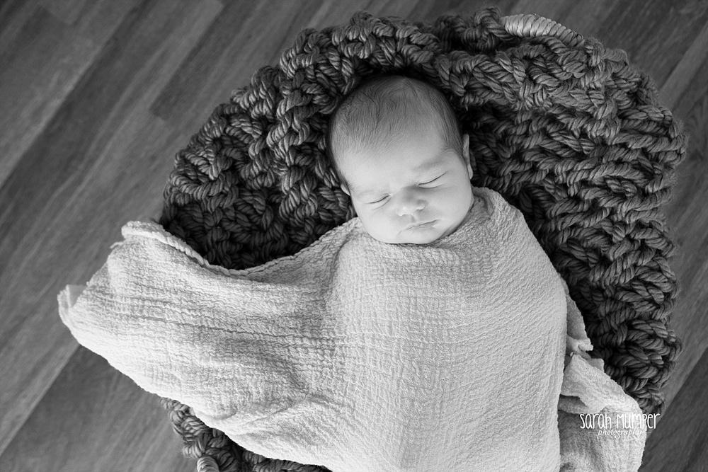 Juilana's  Newborn_0246.jpg