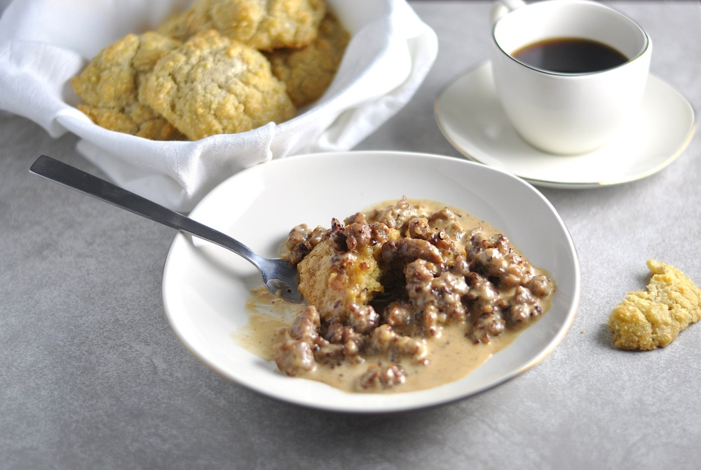 low carb biscuits and gravy