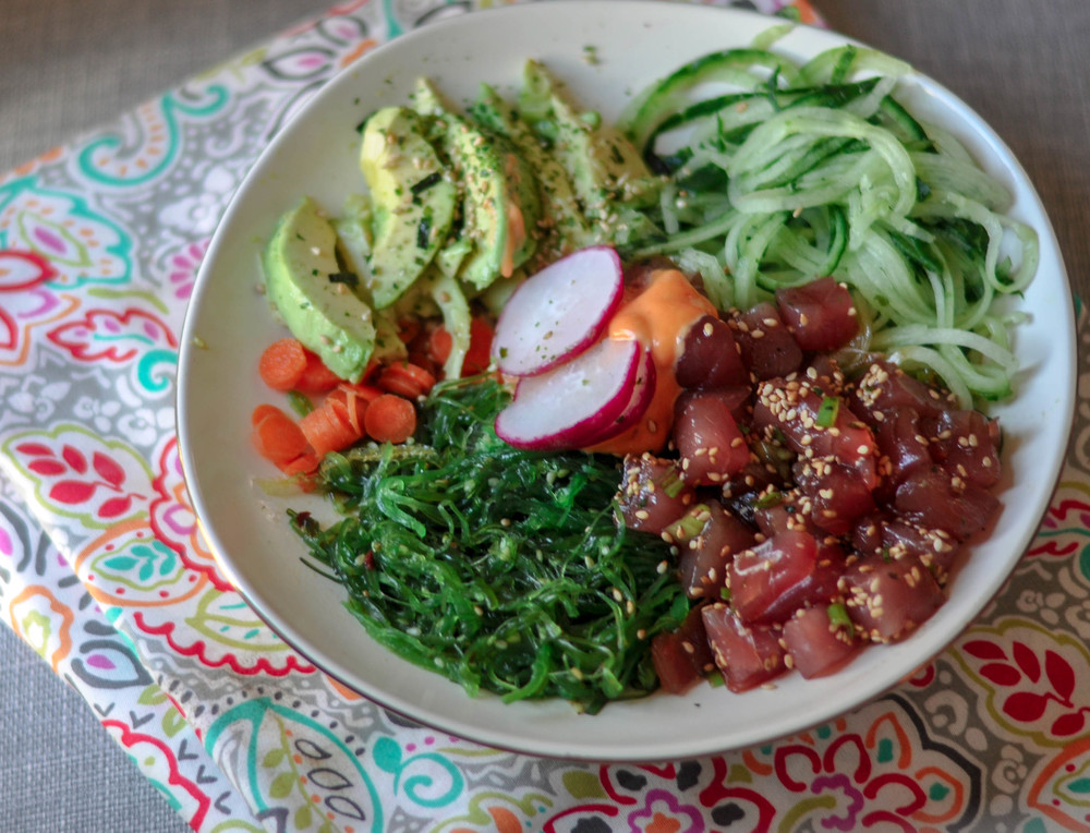 low carb ahi poke bowl
