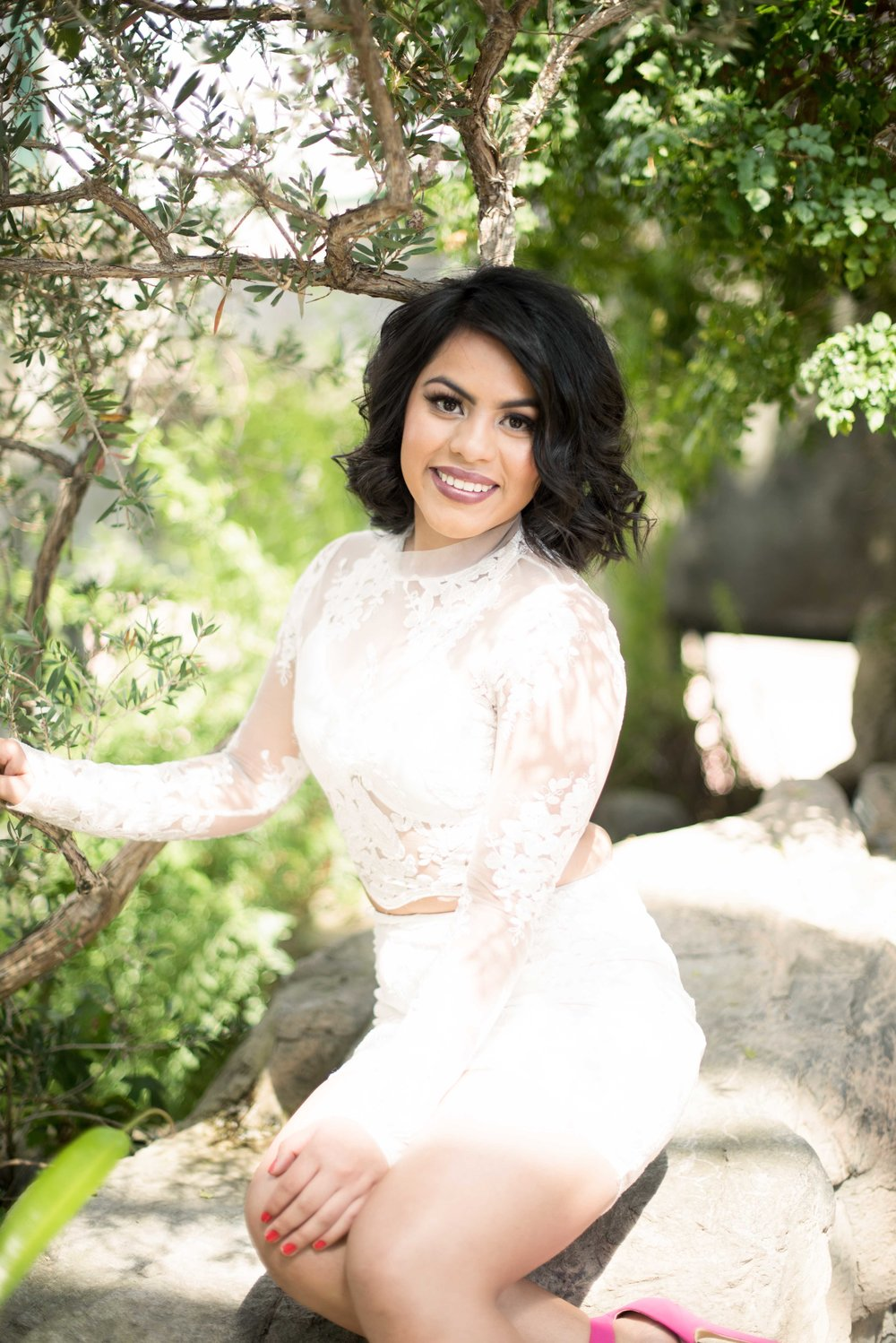 senior photo shoot at albuquerque botanic gardens
