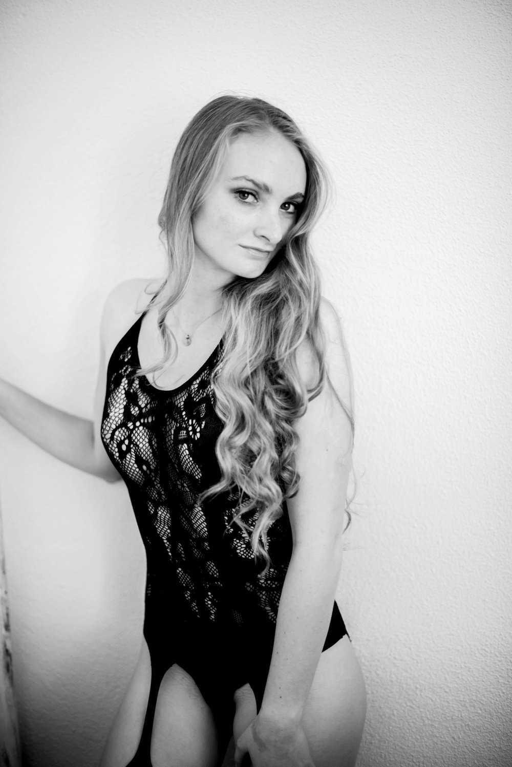 LaurenCheriePhotography_0-37_BW.jpg