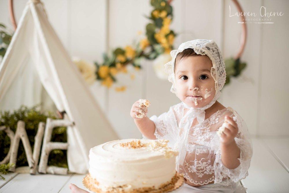 smash cake photographer albuquerque
