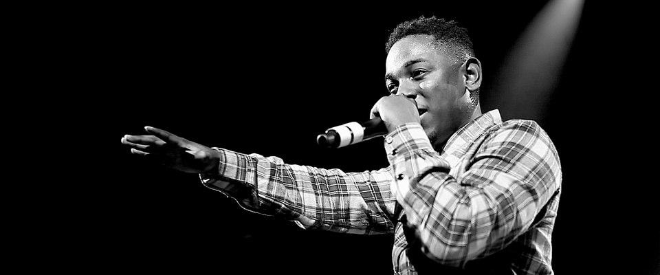 Kendrick Lamar performing at one of his concerts. Photo from urbanalleyblog.com