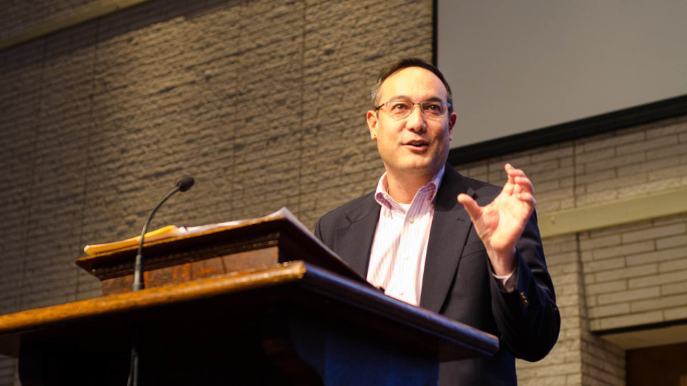 Dr. John Inazu addresses the campus community during one of his chapel lectures. (Photo by Daniel Fremen.)