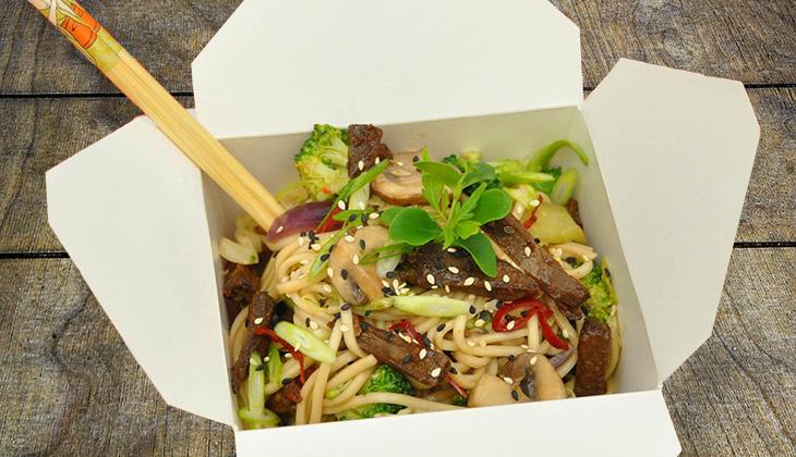 noodles with vegan beef