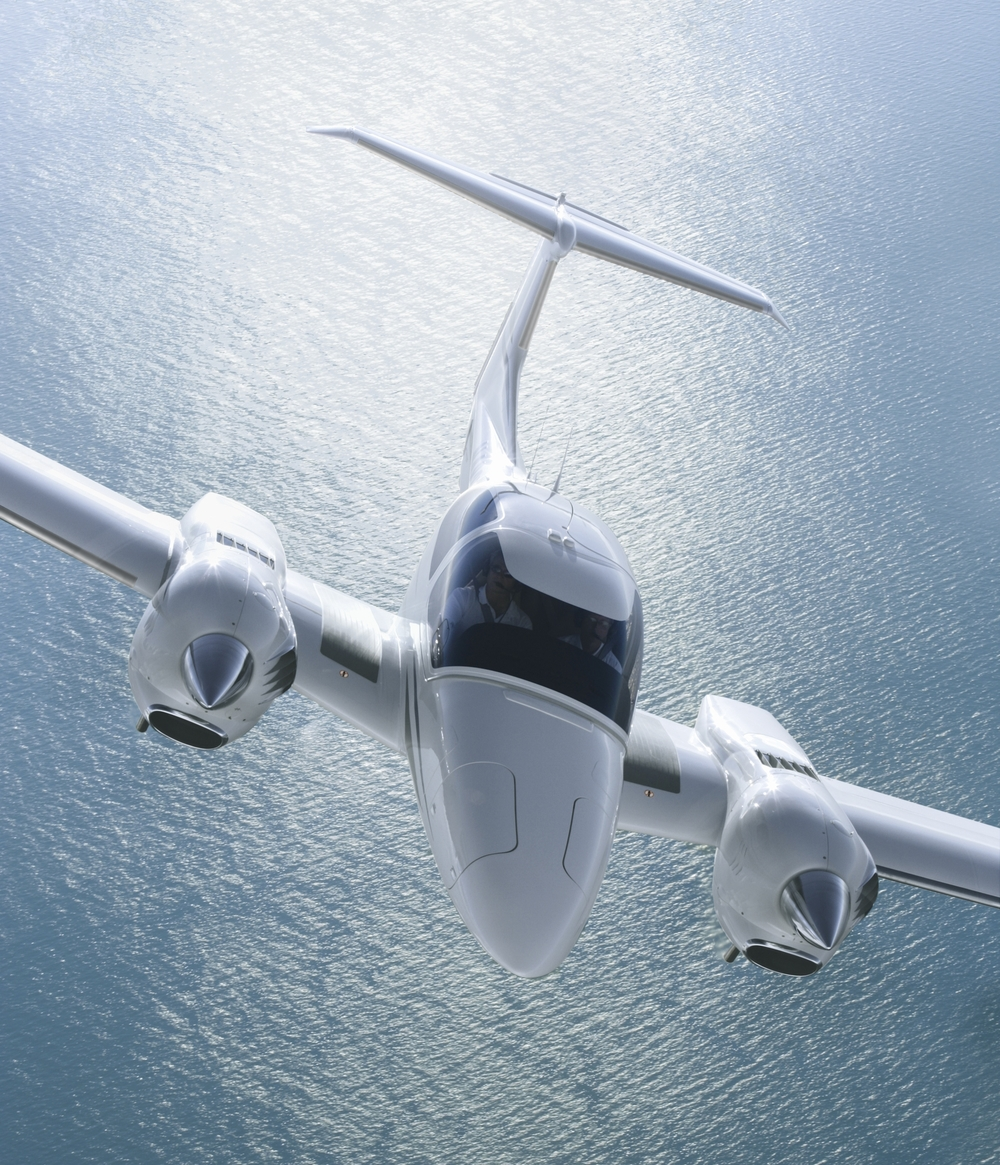 Equipped with two sophisticated 170 hp Diesel powered AE300 engines, the DA42 NG sets new standards for ecology in aviation while delivering impressive results in performance, handling and costs.