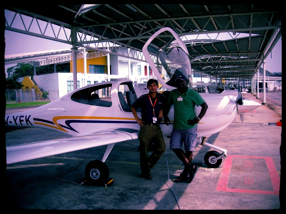 WOA management pilots completed the last airworthiness test flight of 13 DA40s deployed with Singapore Youth Flying Club (a Singapore Air Force training arm)