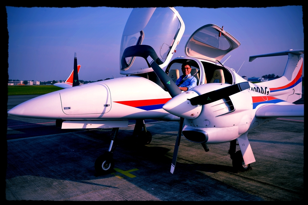 WOA aircraft sales associate importing his personal DA42