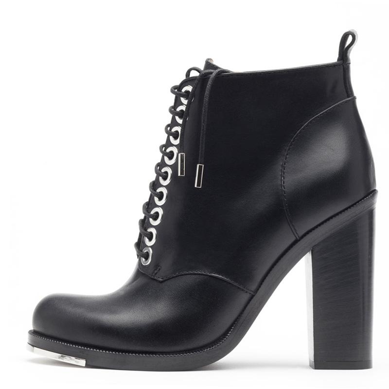 Liam Fahy: Alex black elbamatt ankle boots | Shoes,Shoes > Ankle boots -  Hiphunters Shop
