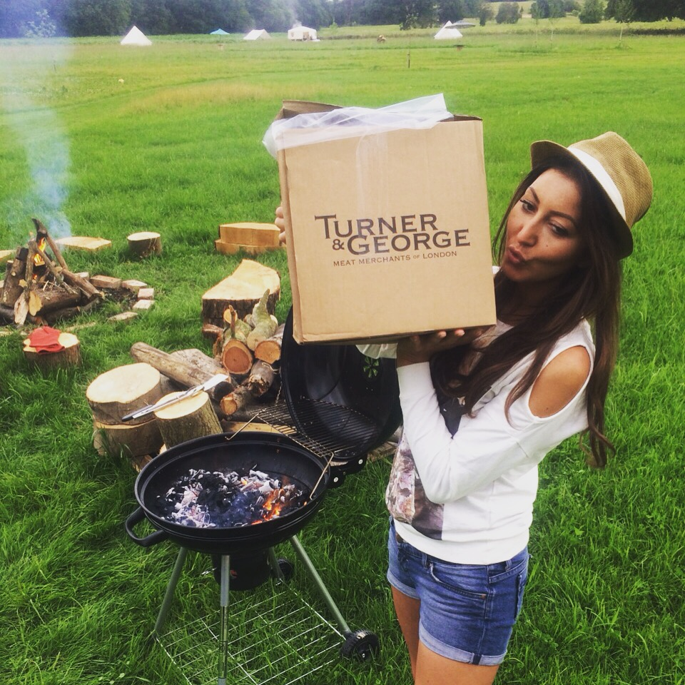 Best London Glamping - burgers