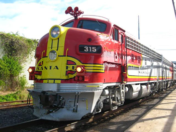 Santa Fe Warbonnet stopped by for a visit!