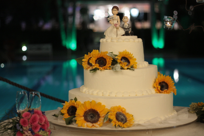 WEDDING CAKE CON GIRASOLI