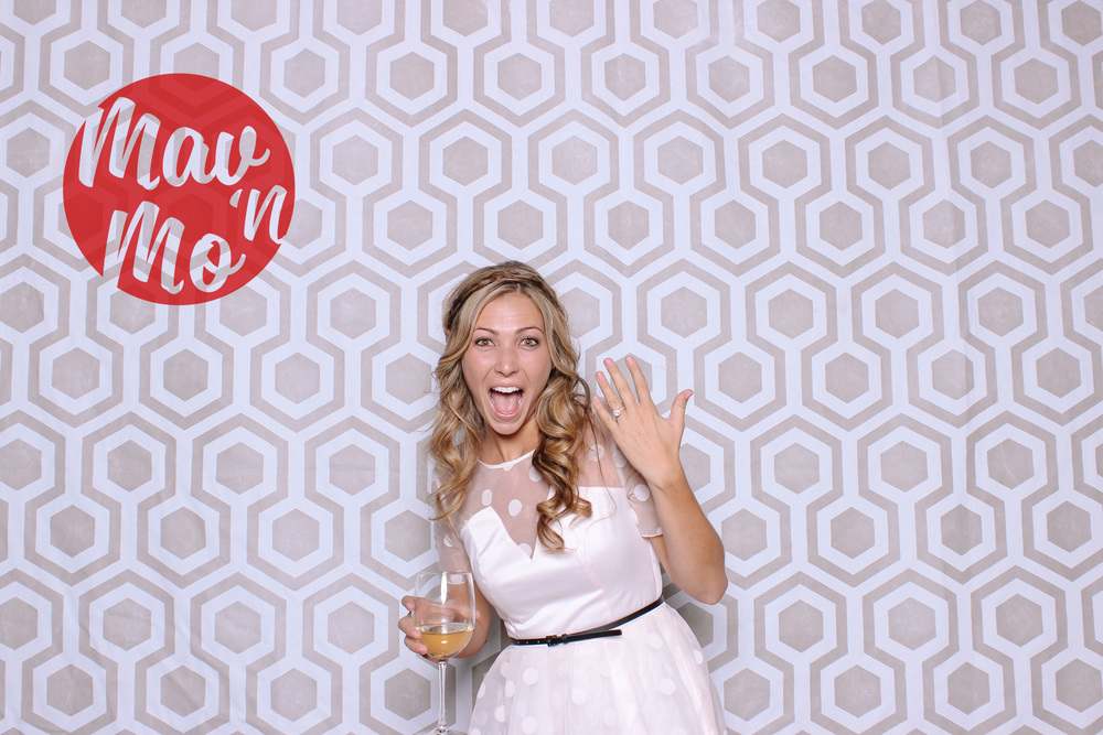 MavNMo-proposal-photobooth-141107-0004.JPG
