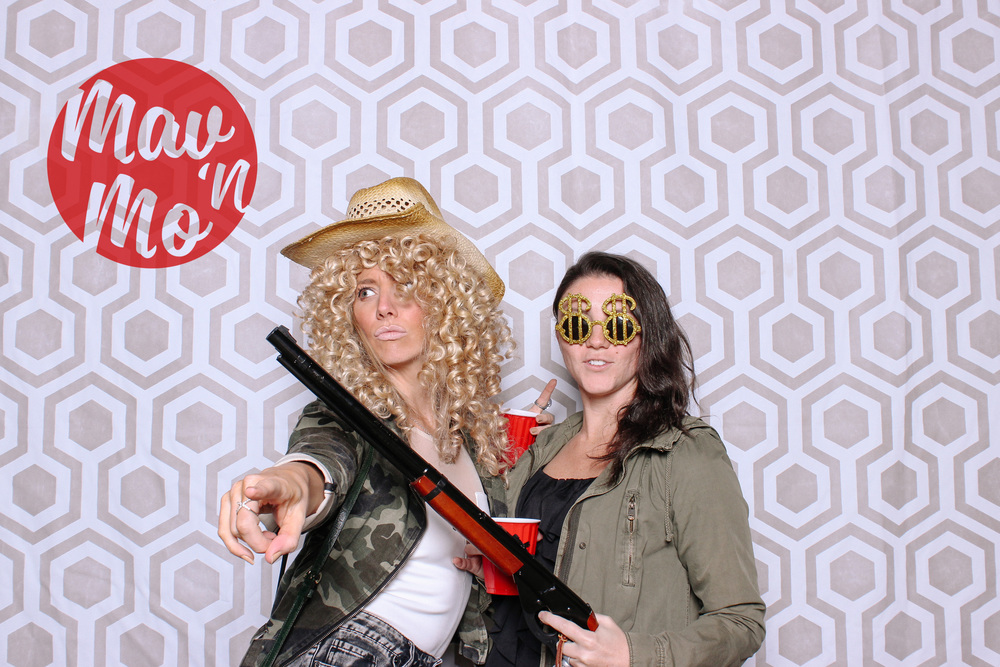 MavNMo-proposal-photobooth-141107-0021.JPG