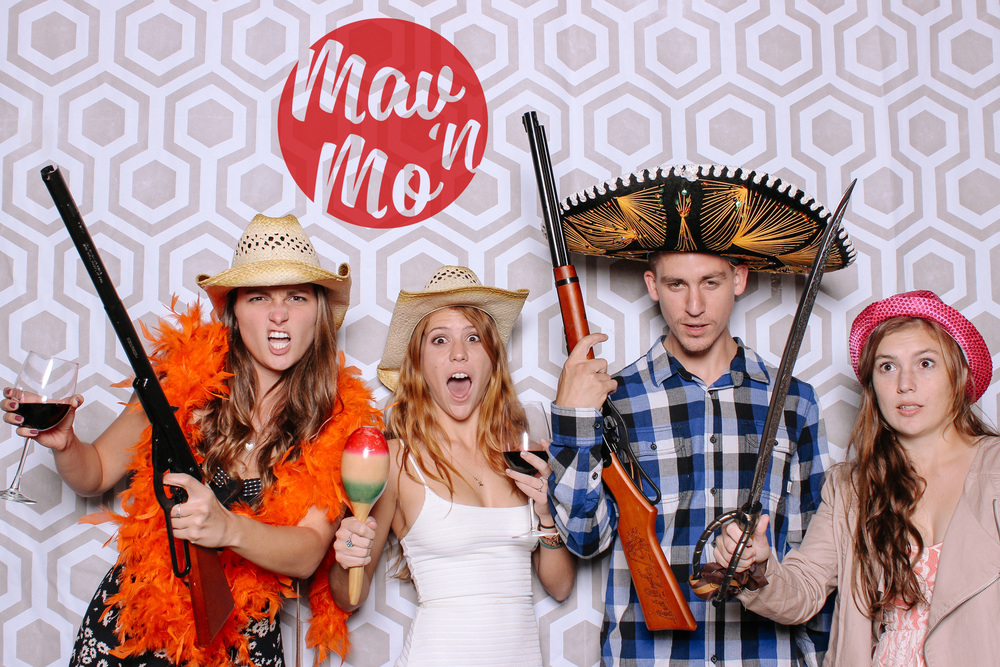 MavNMo-proposal-photobooth-141107-0032.JPG