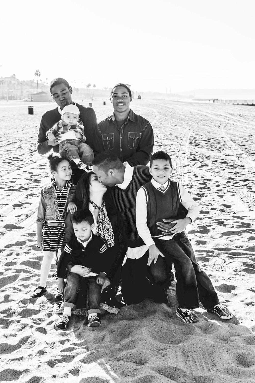 Welch Family Beach pic I B&W.jpg