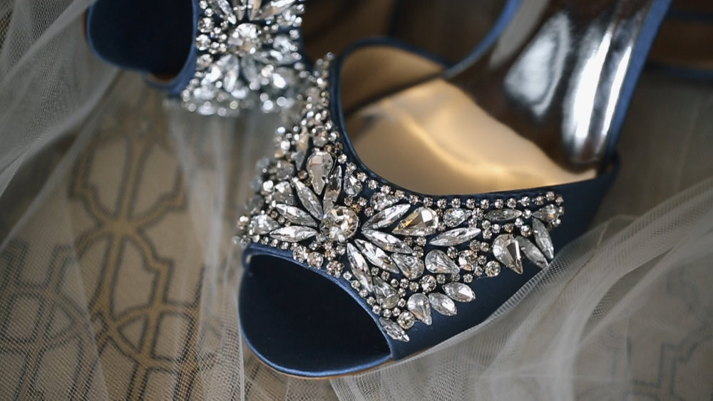 badgley-mischka-shoes-hotel-julien-dubuque-iowa-bride-katherine-mendieta-films