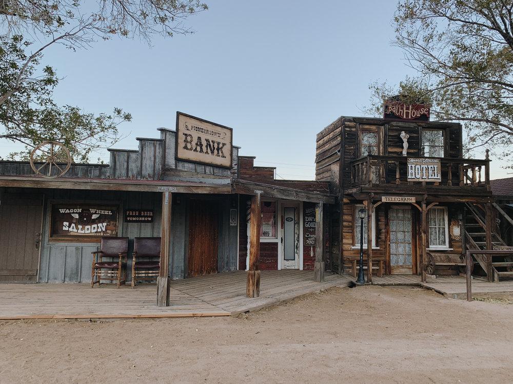 katherine_mendieta_pioneer_town_wild_west.jpg