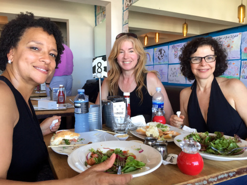 Lunch at Moo Cafe Bondi beach with Lorna Sophocleous and Tracy Neely (photo - worklondonstyle)