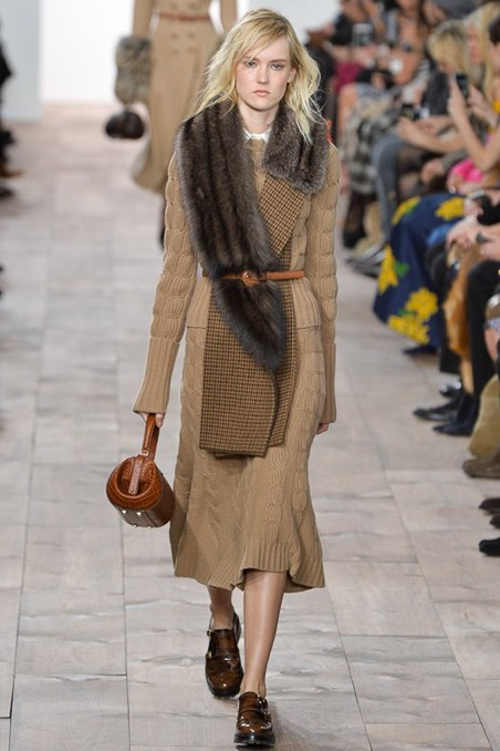 I love the asymmetric fur here. The length of the skirt, to me, is entirely unwearable. But I love the fur.