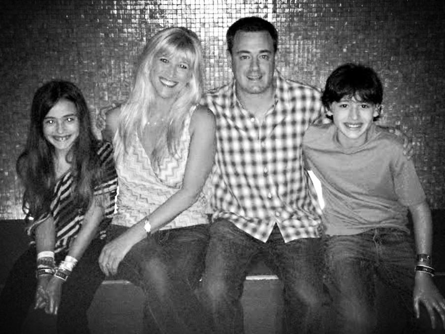 Lauren in KOKOON with her lovely family!