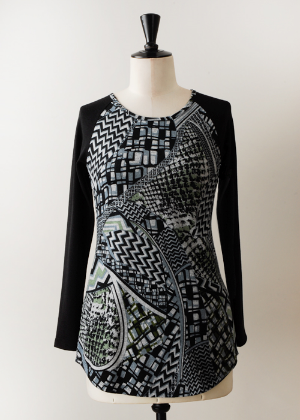 J3095 Bleacher Tunic in Escher $88.