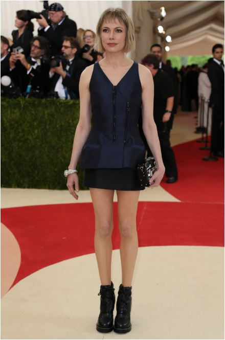 Michelle Williams in Vuitton. I'm sure up close the detail is probably amazing. But she looks like she's out for cocktails any old Monday.
