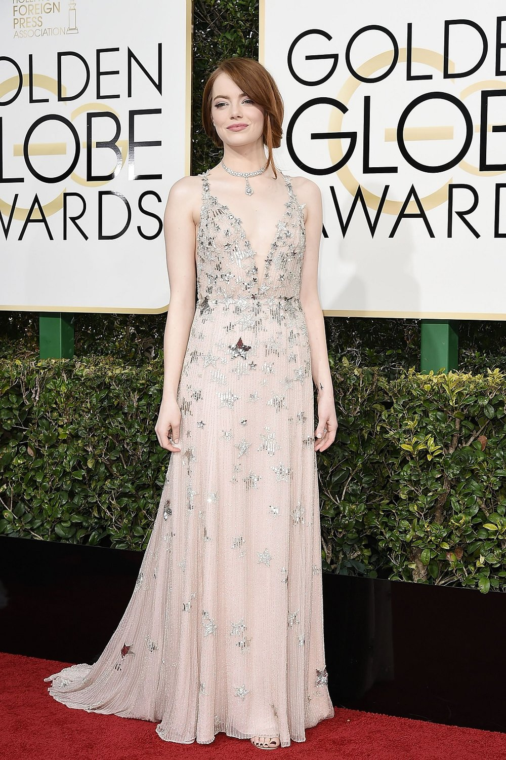 Emma Stone in Valentino. Emma looked lovely in this.
